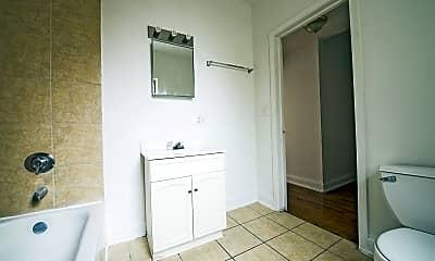 Bathroom, 5732 W Washington Blvd, 2