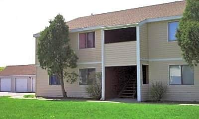Maple Manor Apartments, 1