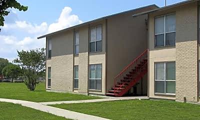 Building, Cliff Maus Village Apartments, 0