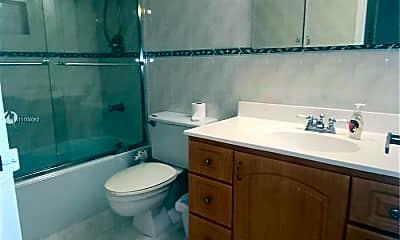 Bathroom, 2030 S Ocean Dr 221, 2