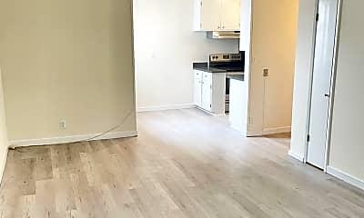 Bedroom, 725 Monterey Blvd, 2