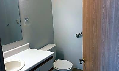 Bathroom, 334 Wells Ave S, 2