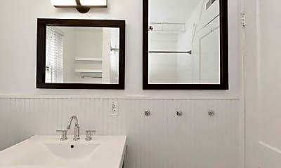 Bathroom, Belvedere, 2
