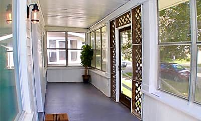 Patio / Deck, 310 College St, 1