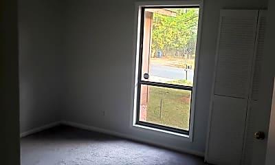 Living Room, 3572 Torbay Dr, 2