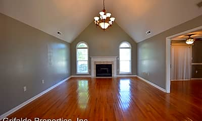 Living Room, 507 Rock Creek Dr N, 1