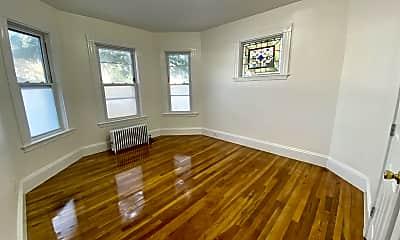 Living Room, 258 Prospect St, 2