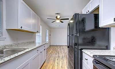 Kitchen, 401 S Carroll St, 0