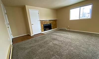 Living Room, 2948 N Crestline St, 0