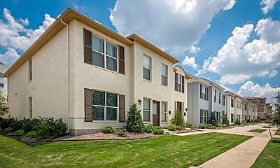 Building, 2705 McCart #105, 1