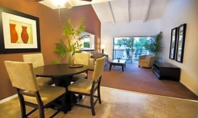 Tarzana Terrace, 0