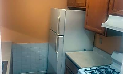 Kitchen, 1345 Hoe Ave 2, 0