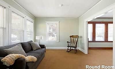 Living Room, 137 Mt Hope St, 2