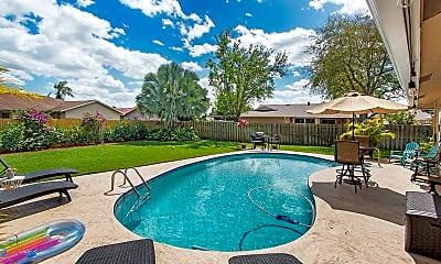 Pool, 11128 Springwood Pl, 2