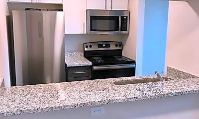 Kitchen, 410 NE Dekum St, 1