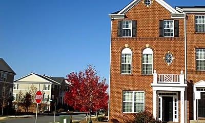 Building, 42748 Hay Rd, 0