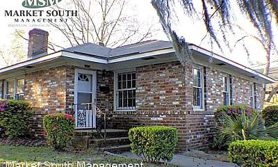 Building, 916 Maupas Ave, 0