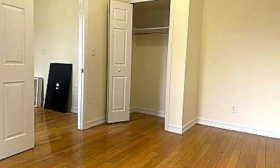Bedroom, 429 Malcolm X Blvd, 0