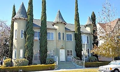 Building, 405 N Spaulding Ave, 2