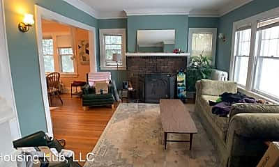 Living Room, 2047 Grand Ave, 1