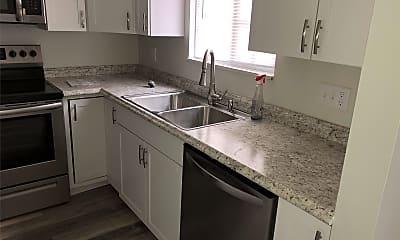 Kitchen, 532 Valley Dr, 1