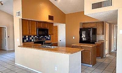 Kitchen, 4851 W Waterbuck Dr, 1