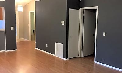 Building, 2800 Risser Ave, 1