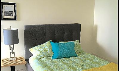Bedroom, 1580 N Farwell Ave, 2