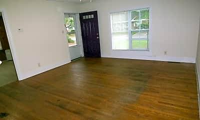 Living Room, 106 N Warren St, 1