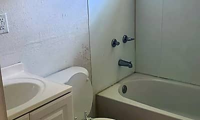 Bathroom, 1710 Union St W, 2