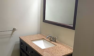 Bathroom, 524 Broadway, 2
