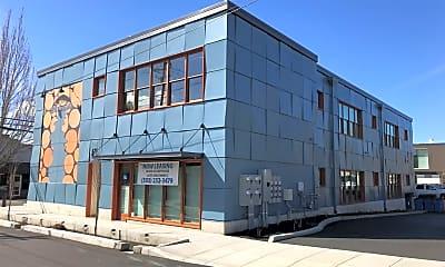 Building, 1911 Main St, 0