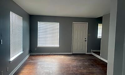 Living Room, 157 Hubbard Dr, 1