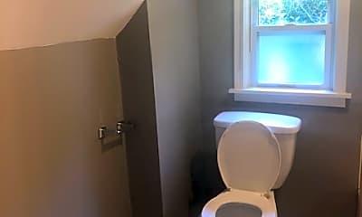 Bathroom, 1700 Lawrence Ave, 2