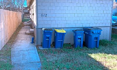 612 S Knoblock St, 0