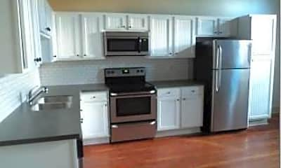 Kitchen, 215 Nash St N, 0