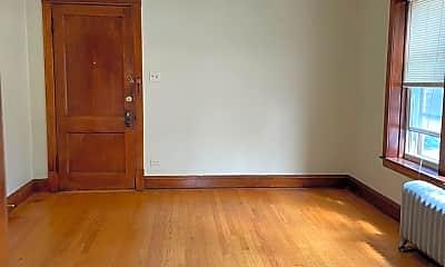 Bedroom, 3906 N Lockwood Ave, 1