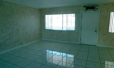 Living Room, 1235 S Highland Ave 4-308, 1