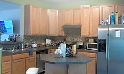 Kitchen, 916 Hopkins Corner, 1