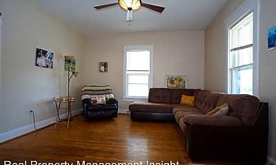 Living Room, 111 Evans St, 1