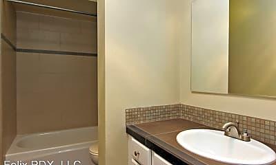 Bathroom, 3125 SE 21st Ave, 2