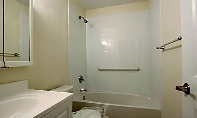 Bathroom, Greenview At West Sayville, 2