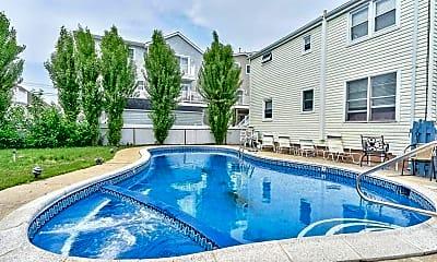 Pool, 62 O St, 1