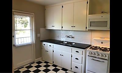 Kitchen, 150 N Berkeley Ave, 1