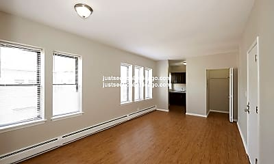 Bedroom, 6811 S Paxton Ave, 2