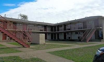 Courtyard, Anita Apartments, 1
