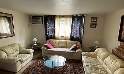Living Room, 2432 Petsel Pl, 2