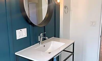 Bathroom, 505 San Bernardino Ave, 0
