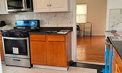 Kitchen, 673 Waypark Ave, 1