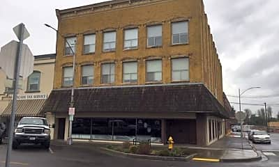 Building, 369 NW Chehalis Ave, 0